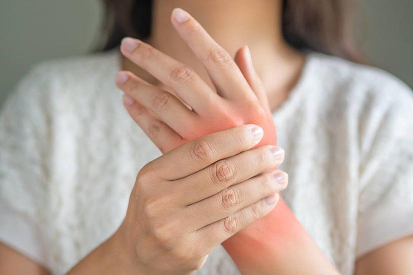 înroșit și dureros articulație pe mână