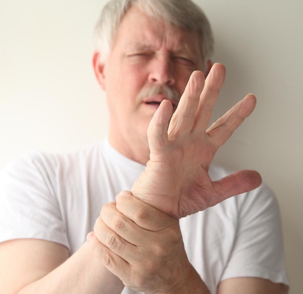 dureri înfipte în articulațiile mâinilor