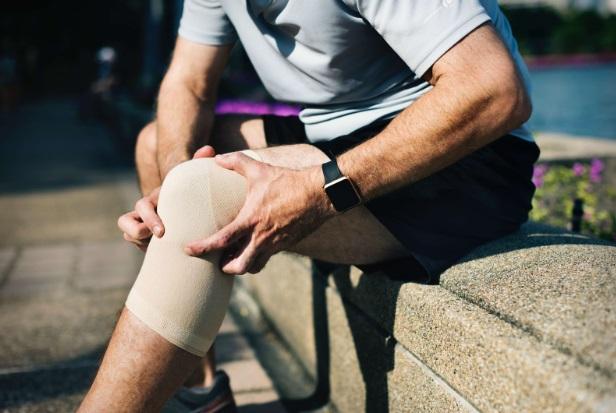 umflarea articulației genunchiului fără tratament