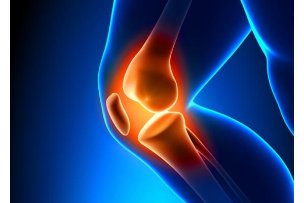 durere la nivelul genunchiului și cald