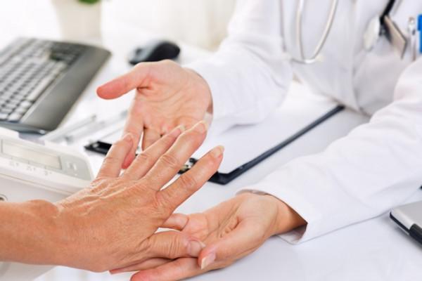 artrita articulațiilor inferioare