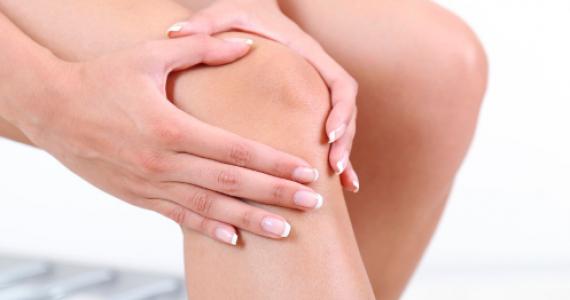 durerea de genunchi costă picioare vinete si umflate