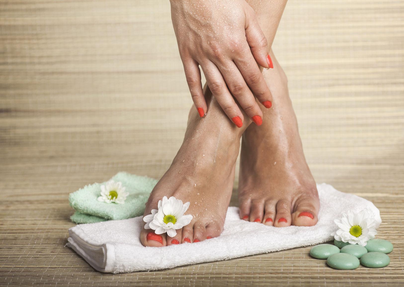 artrita la picior cum se tratează