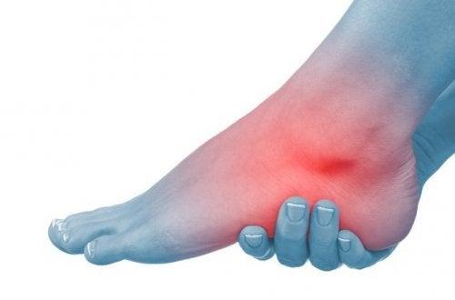 umflarea articulației gleznei pe un picior