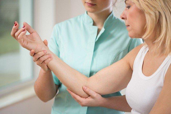durere în articulațiile degetelor mâinilor pilulei