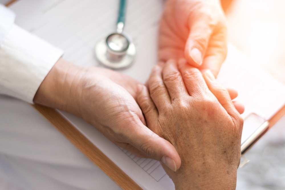 deteriorarea ligamentelor la nivelul articulației umărului