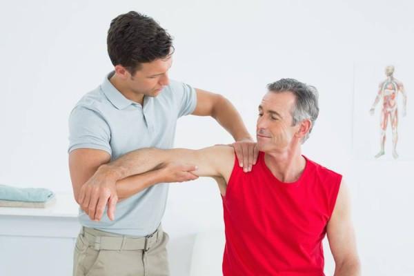dureri la nivelul brațului și articulațiilor cauzează
